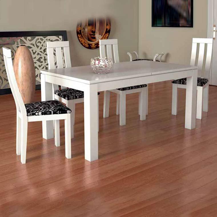 Mesa comedor madera de pino modelo luc a 4 sillas athenas for Conjunto de mesa y sillas de comedor