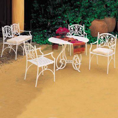 mesa gaudi marbella con sillones medina
