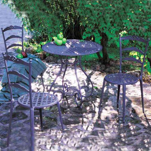mesa velador y 3 sillas triana