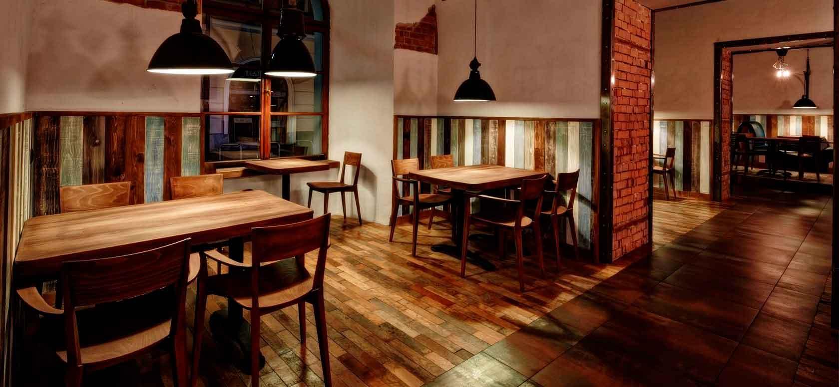 Trabajo realizado con Sillas madera de haya Fama. Para hostelería, ambiente 2
