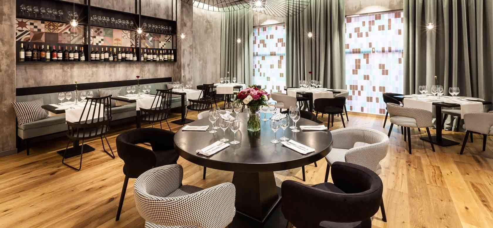 Mobiliario hostelería Baleares. Sillas para Restaurante